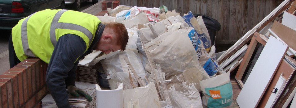 Top Tips For Rubbish Removal in your DIY Projects